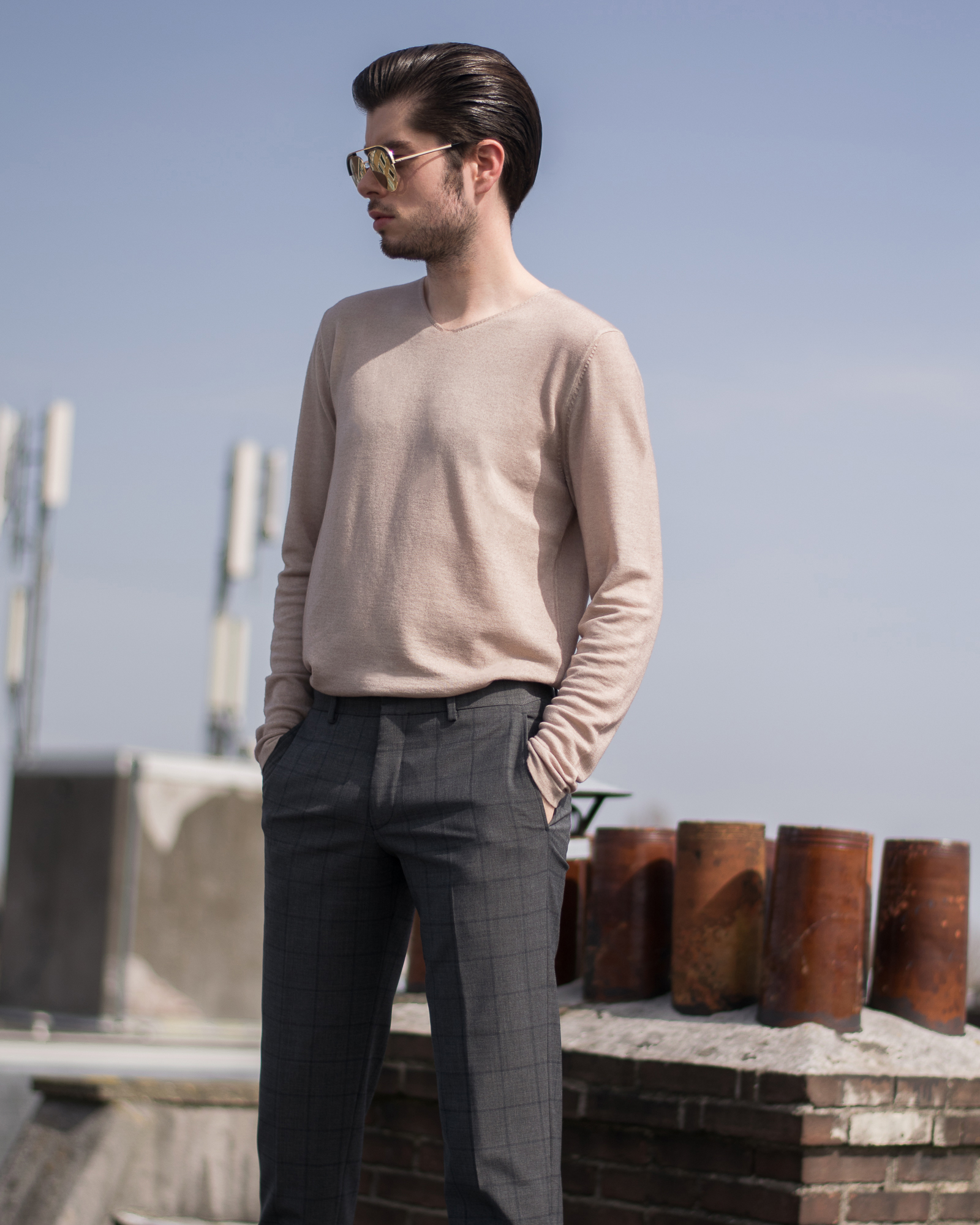 Knitted jumper in merino wool. Outfit inspiration for this spring.