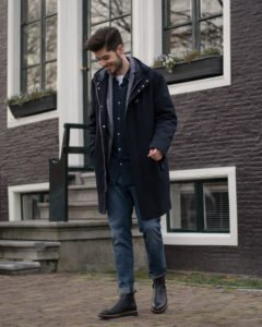 NEW IN TOWN is a smart casual brand for fellows who like to wear clothes with a small twist